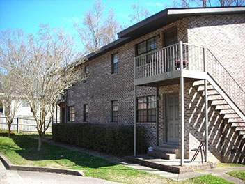 Chapel Row Apartments in Auburn Alabama