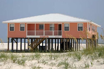 Gulf Shores Beach House Rentals on House  With Six Bedrooms  This Beach House Is Great For Multiple